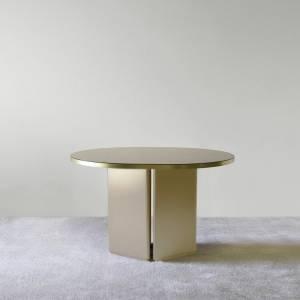 Table Brandy M