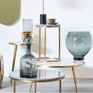 Vase Lobby